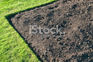 stock-photo-14800882-gardening-soil
