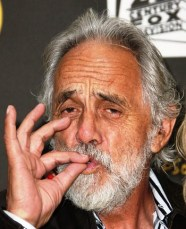 The world was sad to hear that Tommy Chong was yet again announcing a cancer diagnosis. This is his second cancer diagnosis in the past three years, don't be morn off.  Unnh, need the joint to rolld aeeeeeeee not th ing glass.