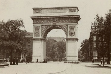 Washington square arch1902 . The only result of the Revolution of Washington Square was that the door at the base of the arch was permanently locked, said Wetzsteon.