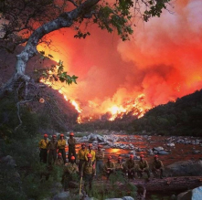 Incredible selfie taken by fire crew King's Canyon. Thank your faces. Watch my call. Hold the line.