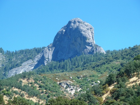 Moro_Rock-A_Modern_View_from_Potwisha
