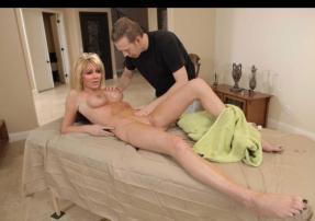 Heather Locklear free nude celebrities